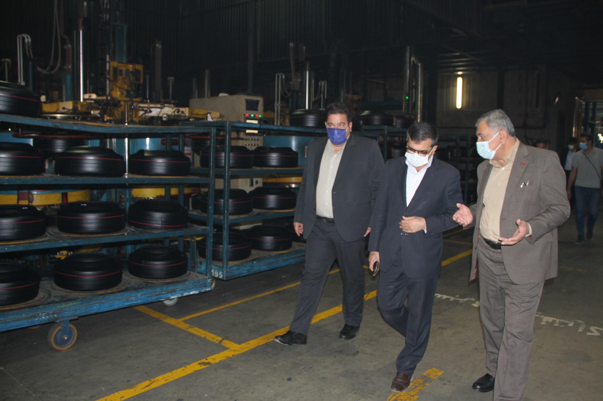 بازدید رییس سازمان صمت کردستان و هیات همراه از تعدادی از واحدهای شهرک صنعتی دهگلان